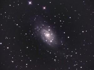 2010-11-10-NGC2003-2